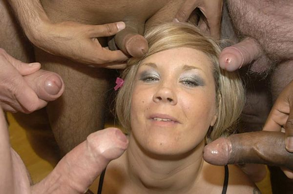 Brilla recommends Submissive wife obeys threesome