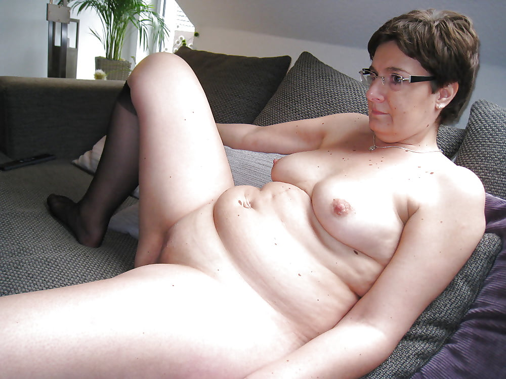 Sandy recommend Pantyhose and dildos