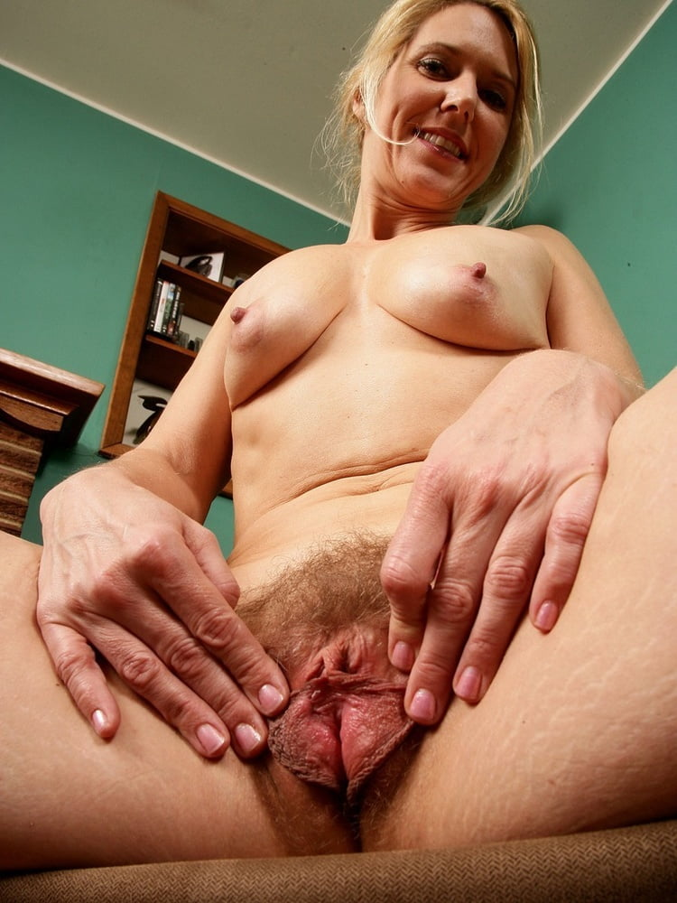 Carol recommend Females fingering thrie asses