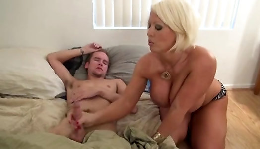 Ozell recommend Hot fat naked girls