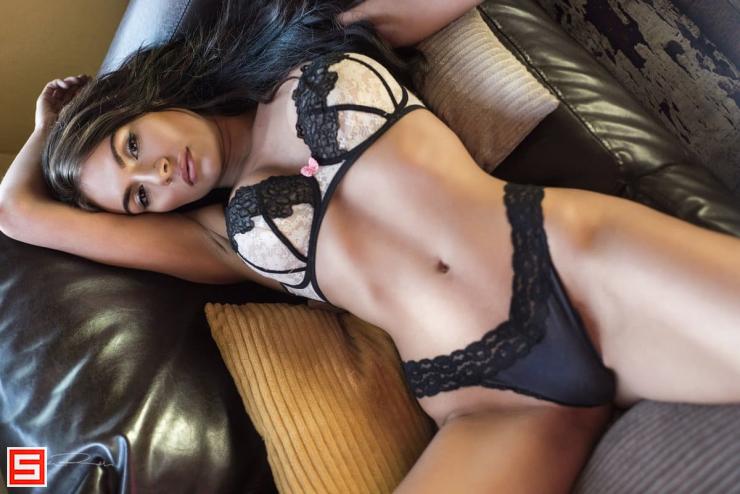 Cozine recommends Oiled brunette deep throat sexually broken