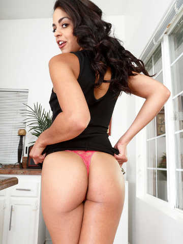 Lanell recommend Bruce willis daughter nude