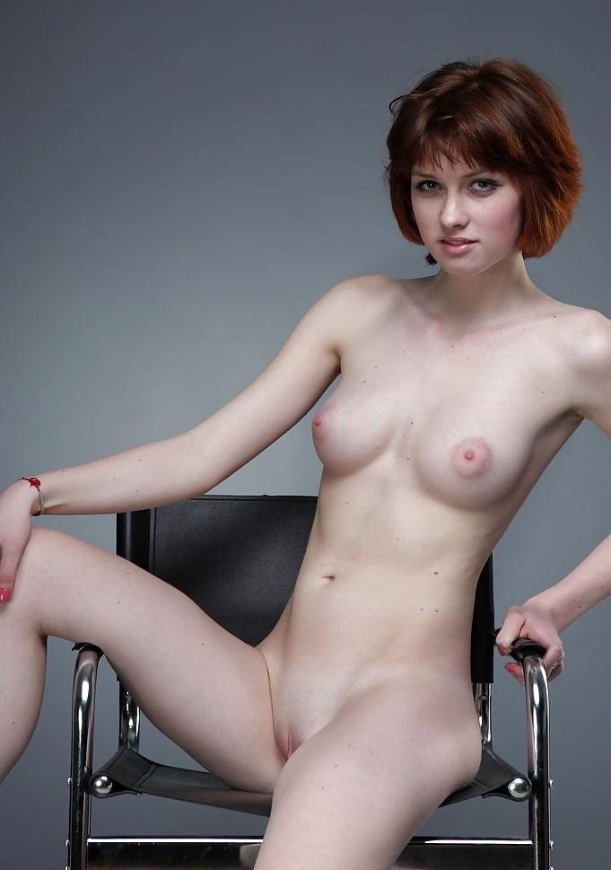 Ogiamien recommend Sarah hyland nude photos