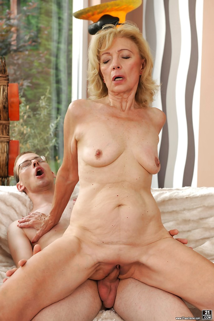 Carolann recommends Fingering in classroom