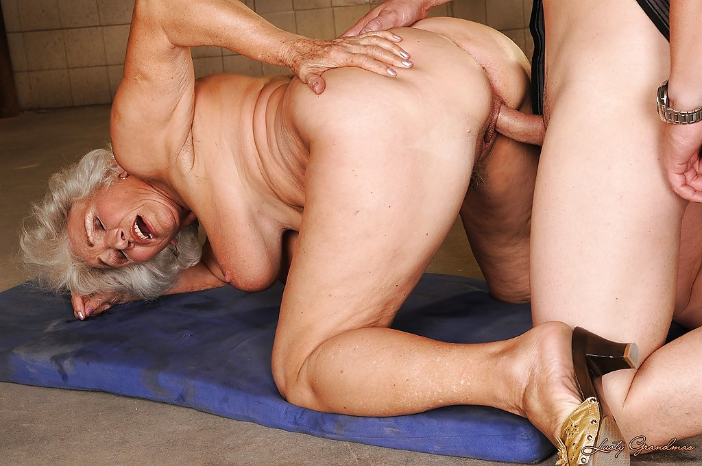 Strode recommend Female domination at home
