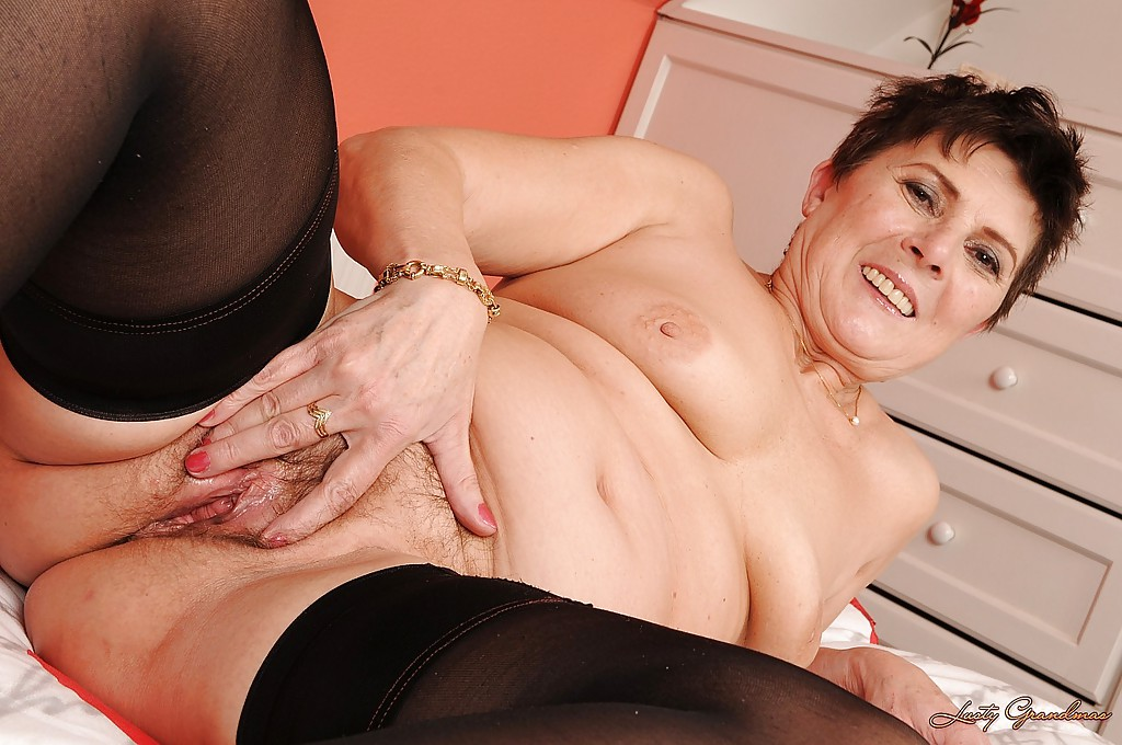 Diedra recommend Leilli yang gloryhole