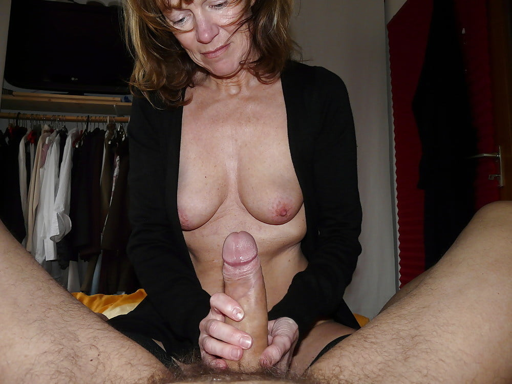 Taylor recommends Wife cums on strangers cock