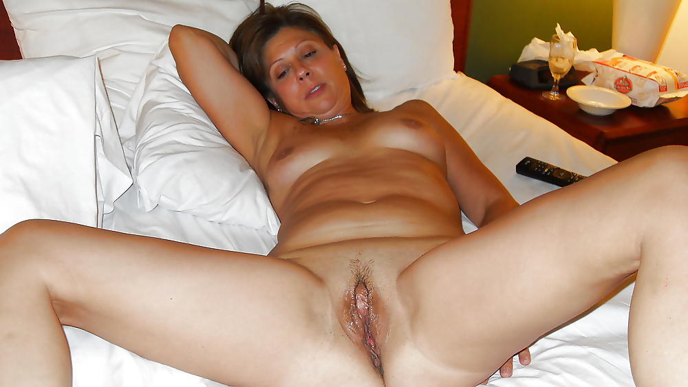 Cyndy recommend Women beating off men