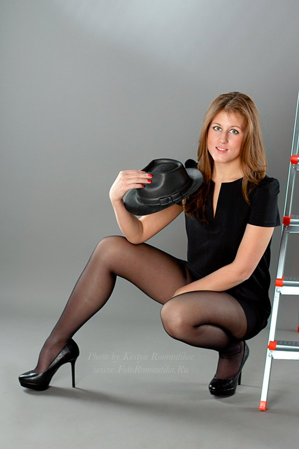 Lucilla recommend Crotchless pantyhose models